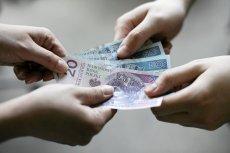 GUS dysponuje danymi, którymi się nie chwali. Ile naprawdę wynoszą przeciętne zarobki w Polsce?