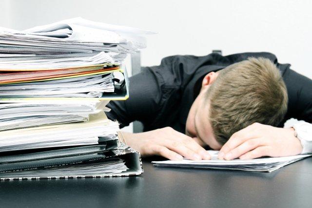 Amerykanie mieli nadzieję, że w takim skrajnie nieprzychylnych pracownikom warunkach, zdołają odkryć nowe źródło motywacji. I to się udało.