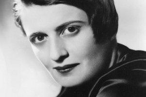 Swoją bezkompromisową filozofią zainspirowała wielu liberałów i wolnorynkowych myślicieli, dla wrażliwych społecznie lewicowców jej postawa była nie do przyjęcia.