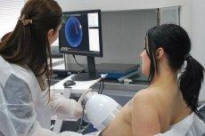 Braster to urządzenie telemedyczne do samodzielnego badania piersi
