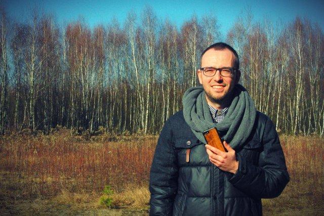 Maciej Boczkowski współtwórca biznesu na drewnianych obudowach do smartfonów