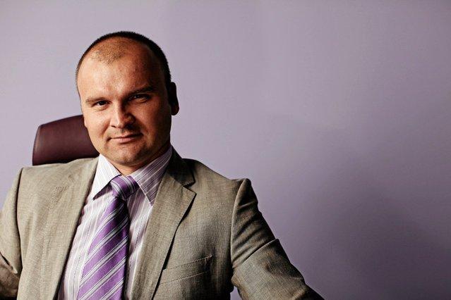 """Rafał Brzoska został zaproszony na imprezę European Start-up Days. Przedsiębiorca miał wystąpić na sesji """"Potknę się, ale wstanę. Sukces mnie nie oślepi""""."""