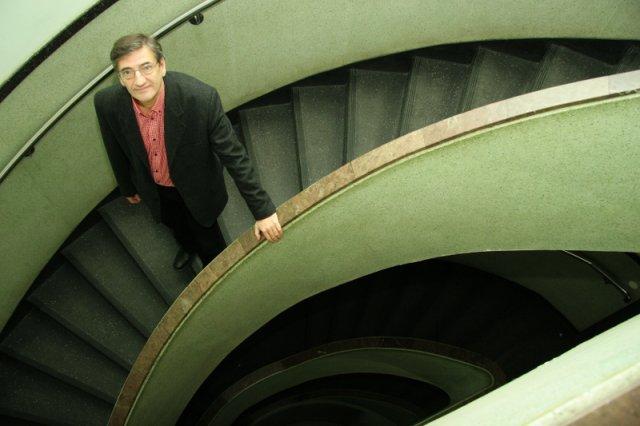 Prof. dr hab. Andrzej Szahaj - dziekan Wydziału Humanistycznego Uniwersytetu Mikołaja Kopernika w Toruniu, kierownik Zakładu Filozofii Współczesnej w Instytucie Filozofii UMK.