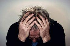 Toksyczni koledzy z pracy mogą doprowadzić cię na skraj załamania nerwowego