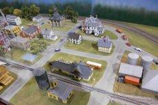 Nowa wieś budowana jest w celu ochrony przed powodzią.
