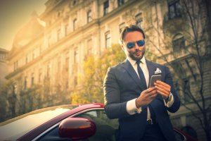 Amerykanie dowiedli, że im jesteś bogatszy, tym mniejszą uwagę zwracasz na innych ludzi