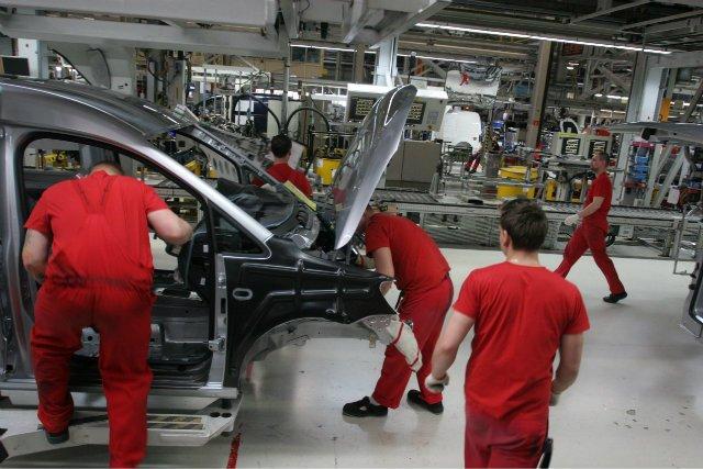 Praca w poznańskim oddziale Volkswagena, który wprowadził elastyczny czas pracy.