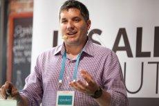 John Biggs z serwisu TechCrunch, jeden z sędziów konferencji.