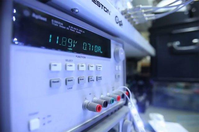 Narodowy Szyfrator - Polacy stworzyli maszynę, której kodów nie złamią nawet wszystkie komputery świata