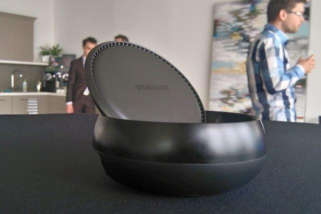 Samsund DeX, czy podstawka, która z telefonu czyni komputer
