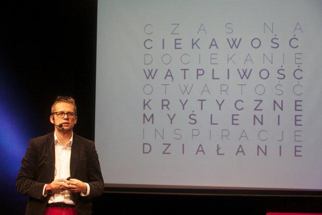 """RafałŻak - trener, mówca, coach, autor książki """"Rozwój osobisty. Instrukcja obsługi"""""""