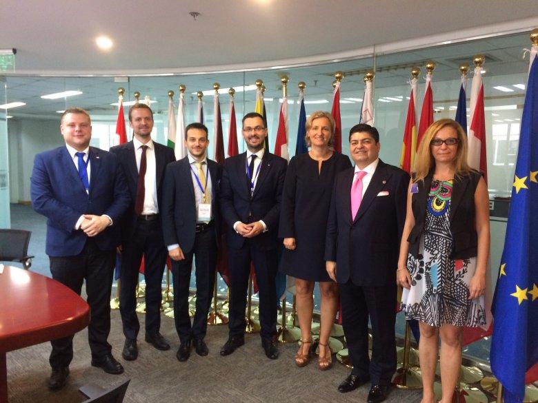 Wizyta w przedstawicielstwie Komisji Europejskiej w Pekinie