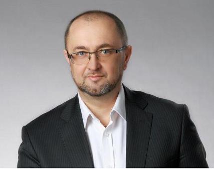 Mariusz Boruch – radca prawny a także wieloletni przedsiębiorca. Specjalista prawa rodzinnego, jak również szeroko rozumianego prawa gospodarczego. Od wielu lat związany także z obsługą organów administracyjnych. Absolwent Wydziału Prawa i Administracji U