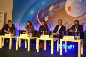 Od lewej Andrzej Bobiński - Polityka Insight, Blanka Fijołek - Samsung Electronics Polska, Paweł Zegarłowicz - Citi Handlowy, Jacek Niewęgłowski - P4