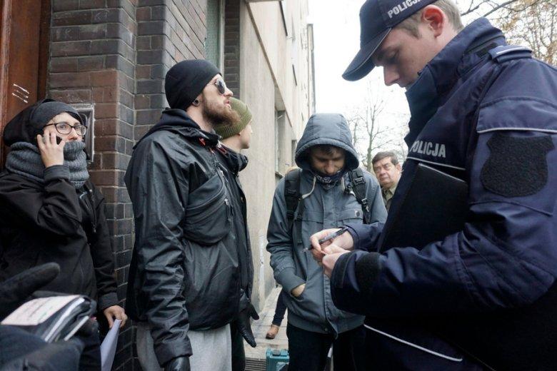 Próba zablokowania egzekucji komorniczej i eksmisji w Poznaniu.