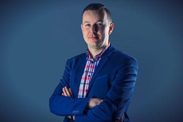 Piotr Skrabski, odpowiedzialny w Ailleron za rozwiązanie Live Bank, pozwalające klientom komunikować się wirtualnie z bankami 24 godziny na dobę.