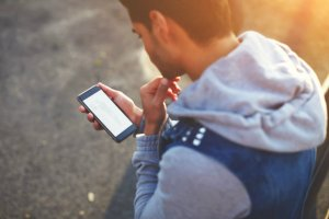 Dla posiadaczy telefonów na kartę SIM to najwyższy czas na rejestrację numeru
