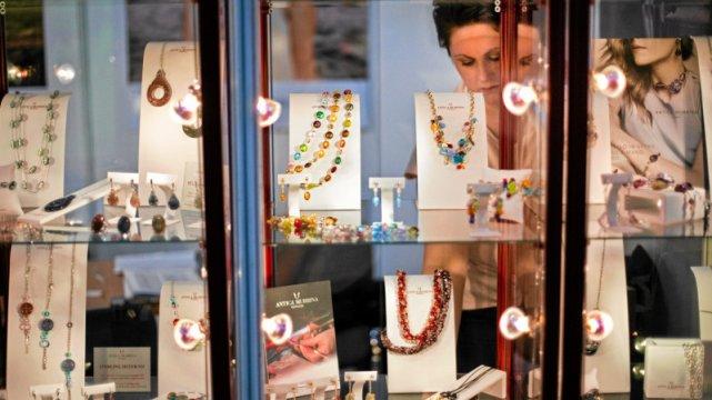 Aż 70 proc. światowej produkcji biżuterii zdobionej bursztynem pochodzi z Gdańska.