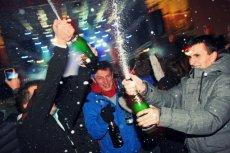 Polacy wypijają średnio 4-5 razy mniej szampana od obywateli z krajów Europy Zachodniej