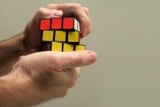 Sprawne układanie kostki rubika może być odzwierciedleniem wysokiej inteligencji logiczno-matematycznej