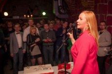 Przy mikrofonie Ewa Rogoż, założycielka biura coworkingowego Idea Place.