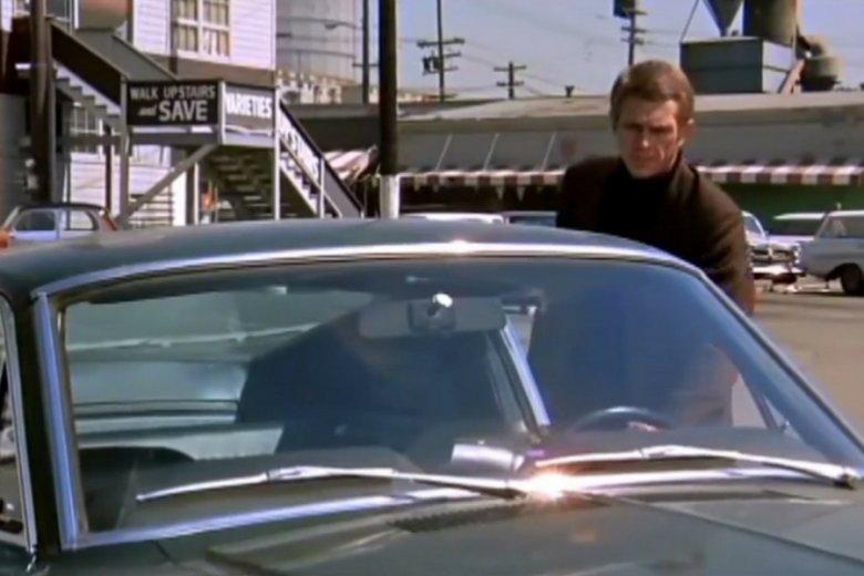 """Ford mustang to Steve McQueen i pół historii amerykańskiego kina, od """"Bullita"""" po """"Szybkich i wściekłych""""."""