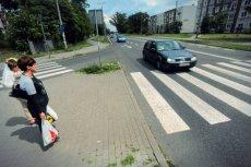 Polskie przepisy drogowe pełne są dyskusyjnych nakazów i zakazów