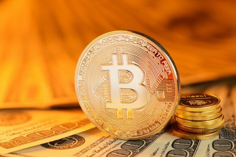 Gdyby bitcoin był prawdziwą monetą, byłby warty około 10 tysięcy złotych.