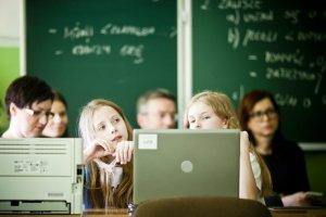 """Podobnych tej w Sobótce """"Cyfrowych klas"""" powstało z inicjatywy Samsunga już 15."""