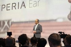 Hiroki Totoki, prezes i CEO wSonyMobileCommunications, rozpoczyna konferencję na MWC Barcelona.