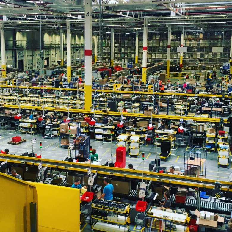 Amazon Fulfillment - magazyn w Sadach pod Poznaniem