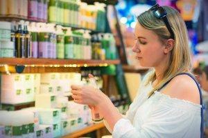 Cosmetic Scan to darmowa aplikacja mobilna dostępna do pobrania na App Store i Google Play