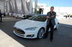 Czy wkrótce We Wrocławiu samochody elektryczne, takie jak np. Tesla produkowana przez firmę Elona Muska, staną się codziennością ruchu miejskiego?