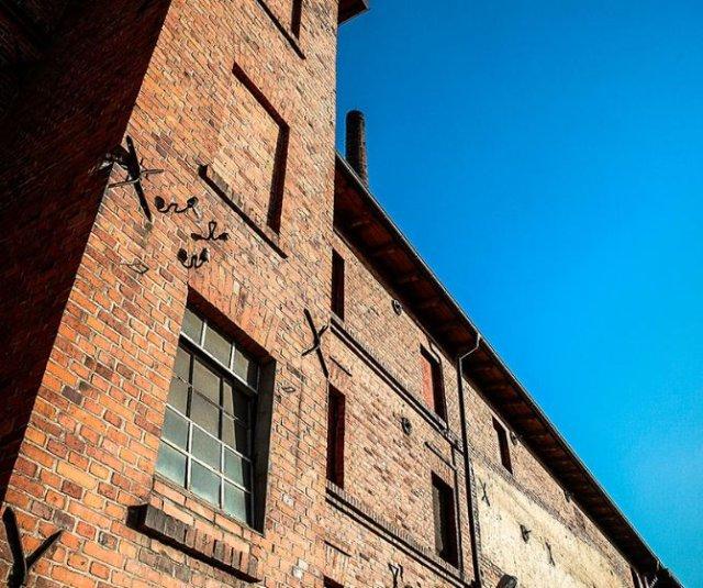 XIX-wieczna fabryka przeżywa swój renesans pod zarządem firmy rodzinnej z Ostrzeszowa
