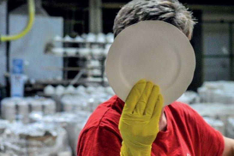 Fabryka w Ćmielowie.
