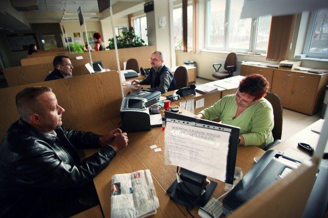 Polscy przedsiębiorcy mają z urzędnikami ciężką przeprawę