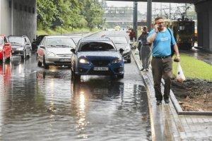 Na podatku od deszczu mają ucierpieć mieszkańcy największych polskich miast.