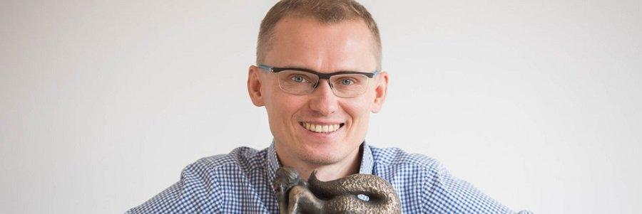 Pierwszy jego biznes otarł się o bankructwo i wygenerował 200 tys. długu. Dziś Stefan Batory jest jedną z ważniejszych osób w polskiej branży internetowej