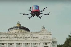 EHang 184, pierwszy pasażerski dron na świecie.