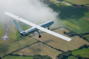 Polska firma chce wspólnie z naszym przemysłem uzbroić drona średniego zasięgu.