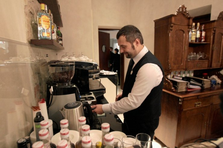 W gastronomii cateringu trudno wyliczyć, ile rzeczywiście pracuje zatrudniona osoba. Cóż za możliwości to daje!...