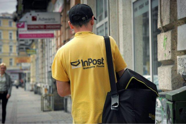 InPost zrezygnował z dostarczania tradycyjnych listów. Decyzja zwiększa zasięg Poczty Polskiej