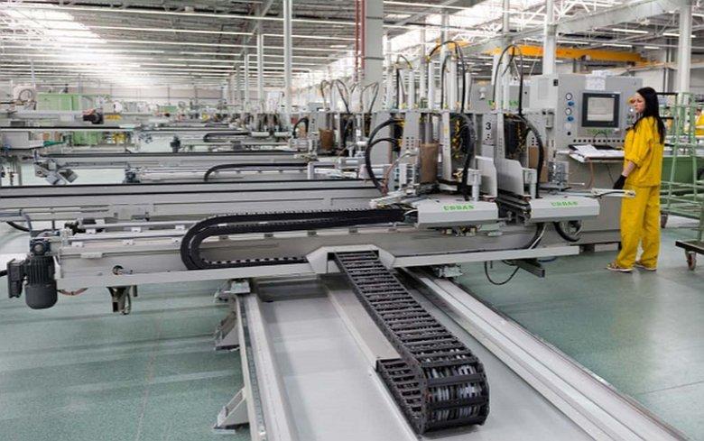 Drutex jest liderem regionalnego rynku pracy. Dzięki Europejskiemu Centrum Stolarki zatrudnienie znajduje ponad 2000 osób
