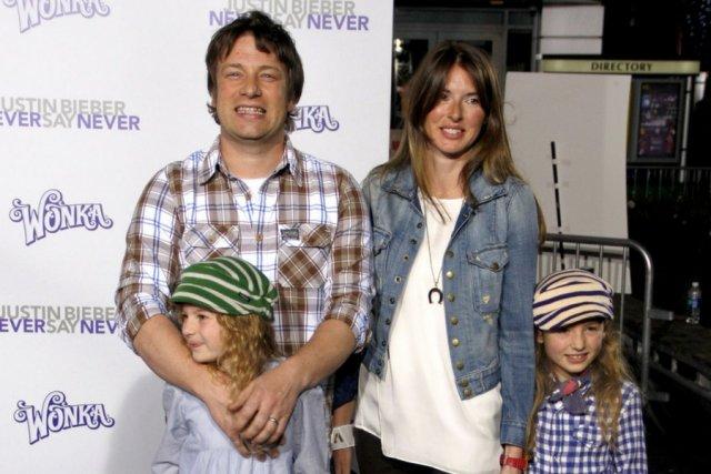 Jamie Oliver z rodziną.