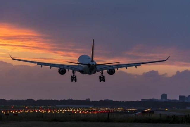 Oświetlanie lotnisk nocą to nie lada wyzwanie