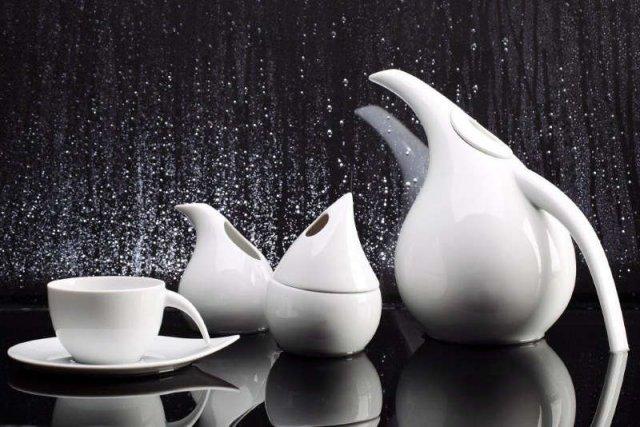 Znany wytwórca porcelany z Ćmielowa powalczy o młodych designem