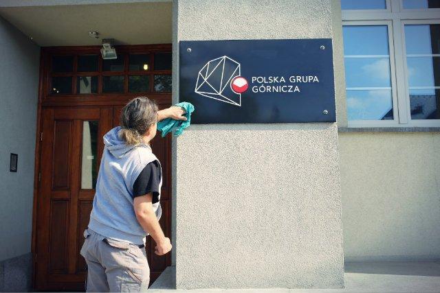 Górnicy zatrudnieni w Polskiej Grupie Górniczej dostaną jednorazową premię w wysokości 1,2 tys. złotych brutto