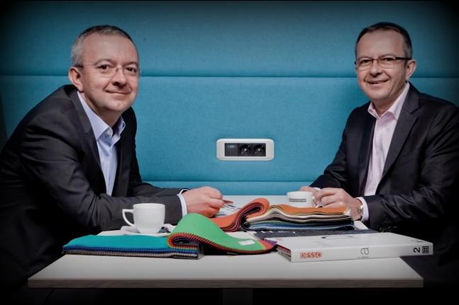Adam i Jerzy Krzanowscy, założyciele firmy Nowy Styl, która jest jedną z najnowocześniejszych i największych fabryk meblowych w całej Europie. Ich produkty znane są na całym świecie