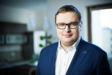 Tomasz Swieboda, prezes zarządu funduszu Inovo.vc określa oszczędzanie na zespole sprzedaży jako jeden z największych błędów polskich przedsiębiorców.