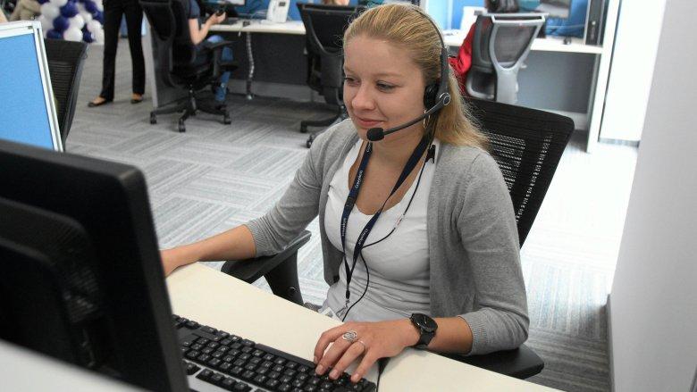 Praca telemarketera to często pierwsze zawodowe zajęcie młodych ludzi
